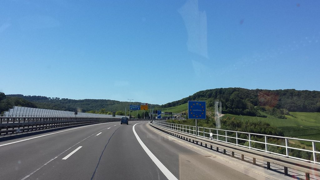 Autobahn Grenze Deutschland Luxemburg A8