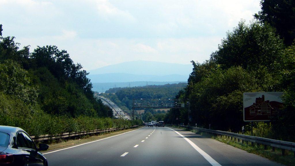 Autobahn A395 Richtung Bad Harzburg und Harz