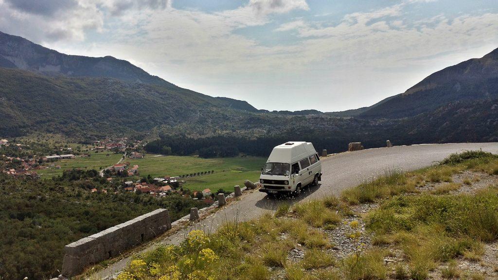 VW Bus Bulli Bergstraße Montenegro