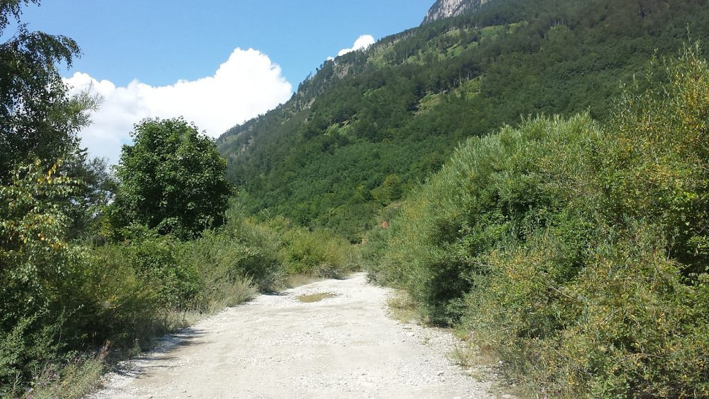 SH20 Staatsstraße Albanien Kelmend Vermosh Grenze Montenegro