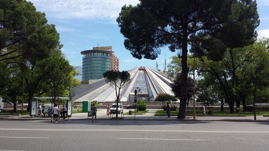 Pyramide, Tirana, Albanien
