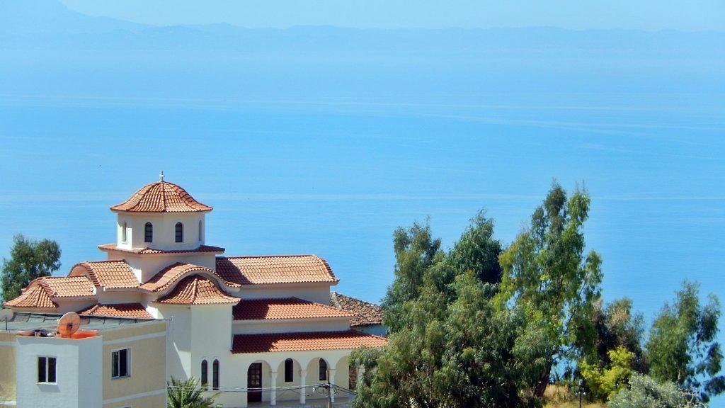 Kirche in Lukova, Albanische Riviera