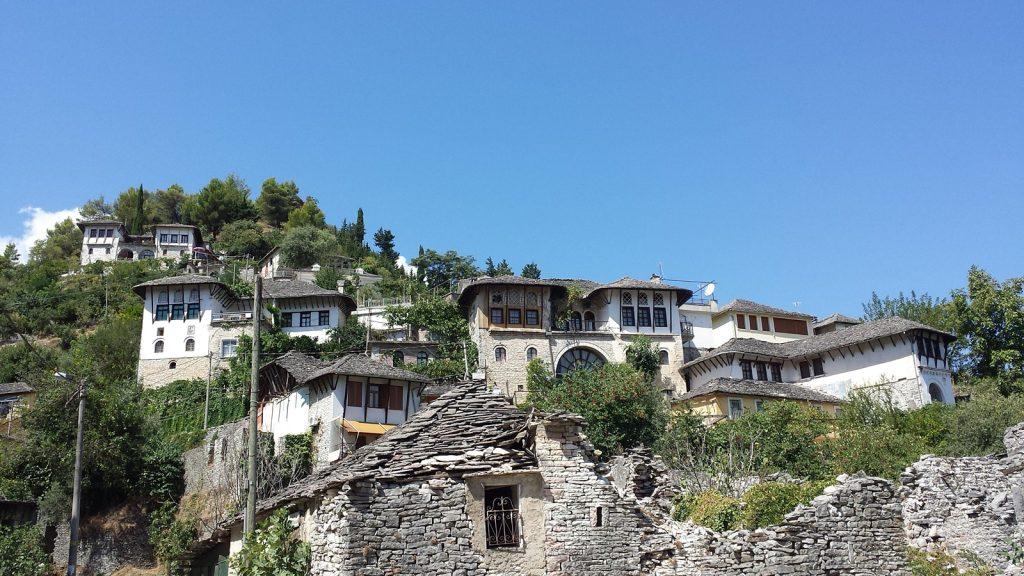 Wohnhäuser im osmanischen Baustil in Gjirokaster