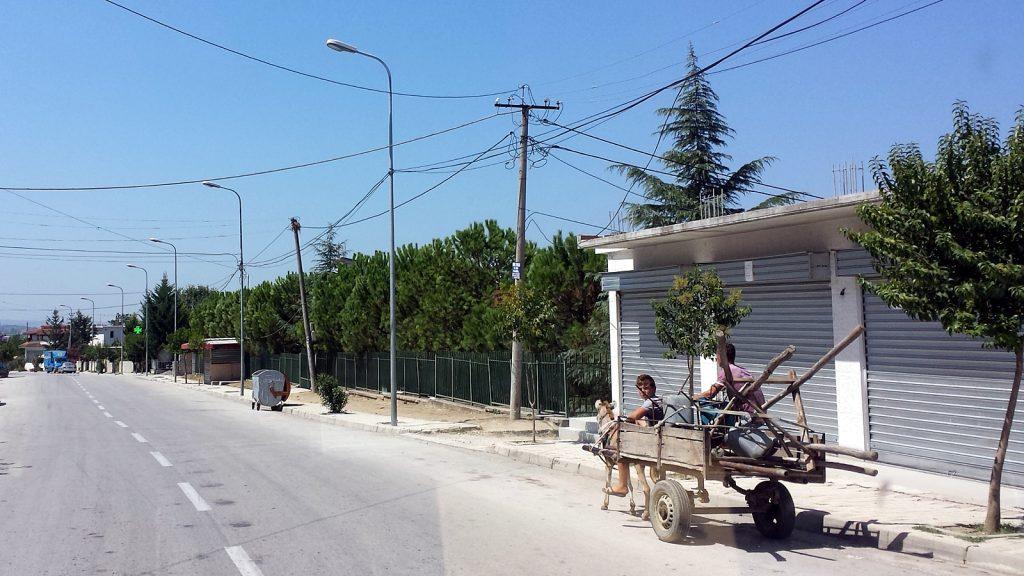 Eselkarre Albanien Roadtrip