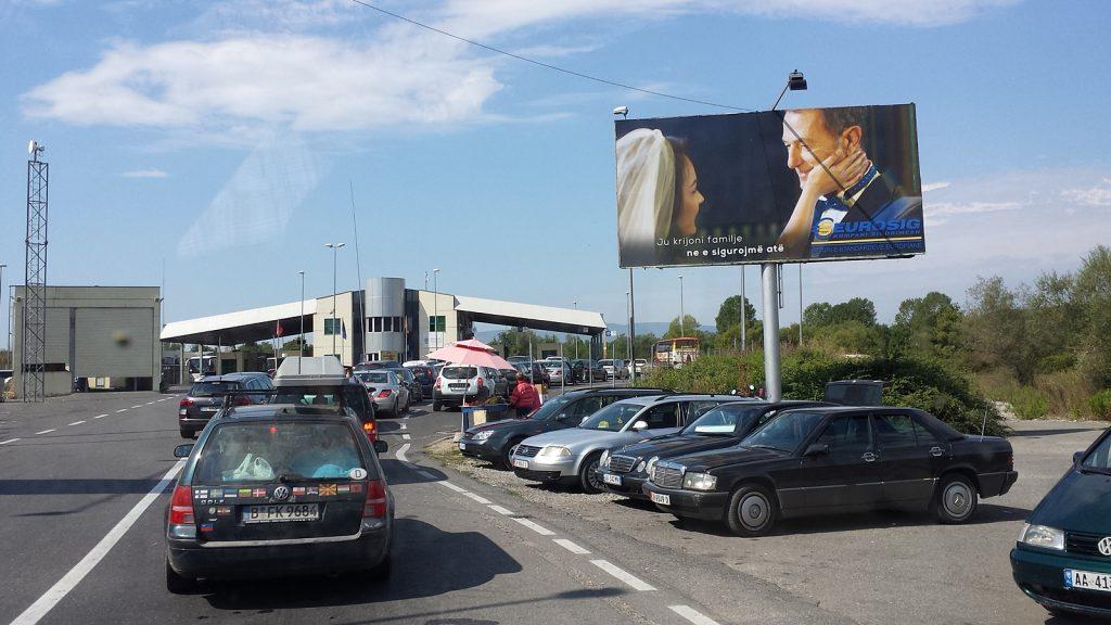 Berliner an der Grenze Albanien Montenegro Murikan