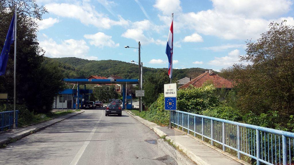 Kroatischer Grenzposten bei Novi Grad. Herzlich Willkommen in der EU.