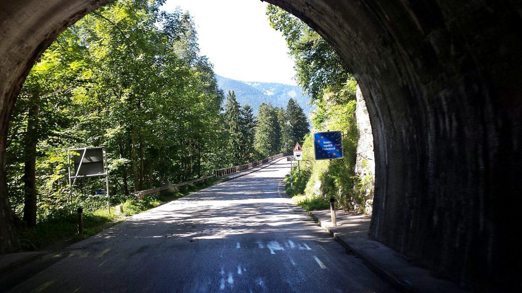 Entenlochklamm Grenztunnel Österreich Deutschland keine Grenzkontrolle