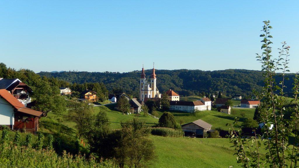 Malerische Landschaften in Slowenien. Roadtrip Bulli