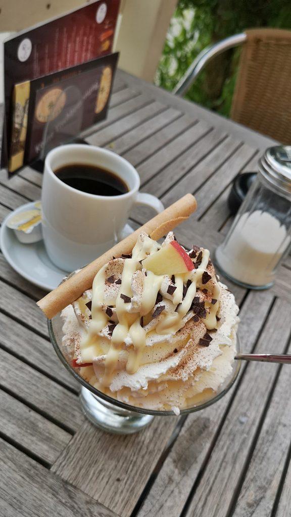Apfelstrudel-Eis. ♥