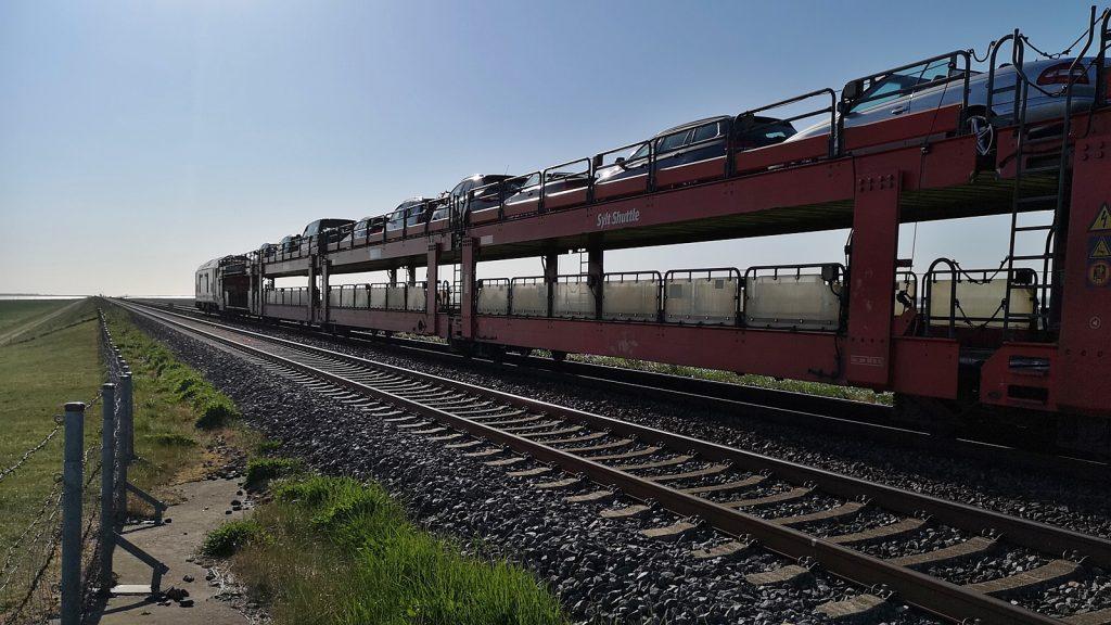 Autozug auf dem Hindenburgdamm