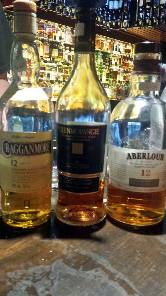 Kleine Auswahl an schottischen Nationalgetränken