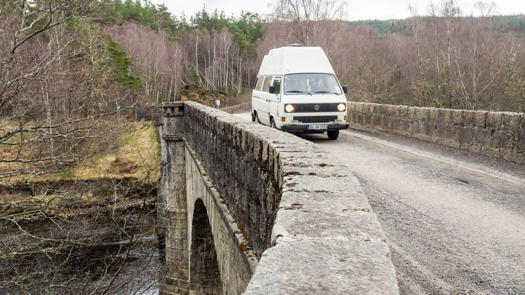 Brücke über den River Moriston bei Glenmoriston