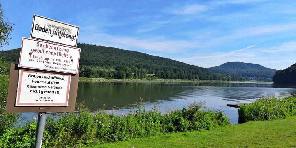 Willkommen in Deutschland: Verbote am Schiedersee