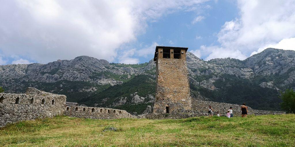Historischer Uhrturm, Festungsanlage Kruja