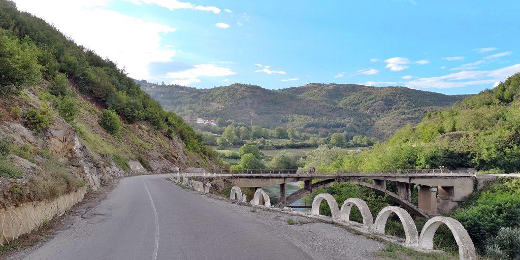 Brücke über den Schwarzen Drin