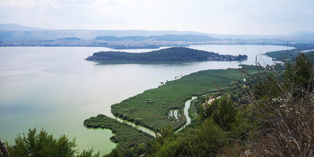 λίμνη Παμβώτιδα, Pamvotida-See mit Ioannina-Insel