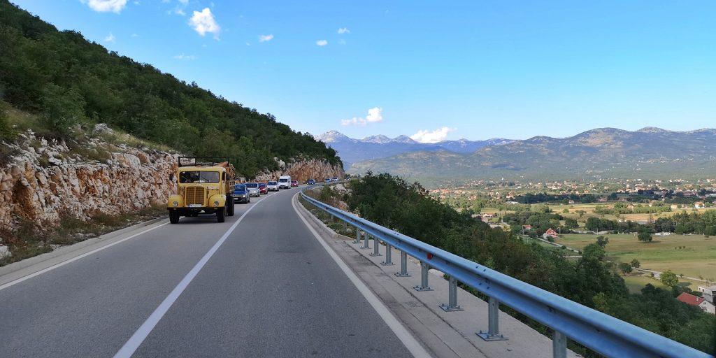 Zwischen Podgorica und Nikšić