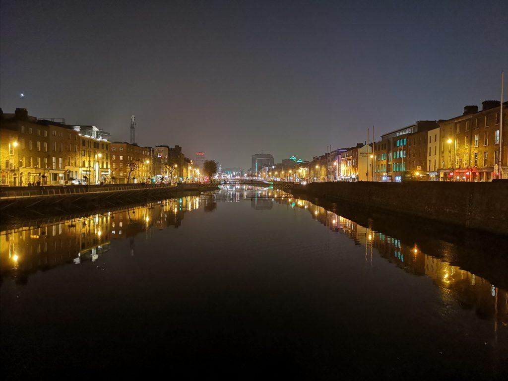 Liffey River, Blickrichtung Osten, Dublin