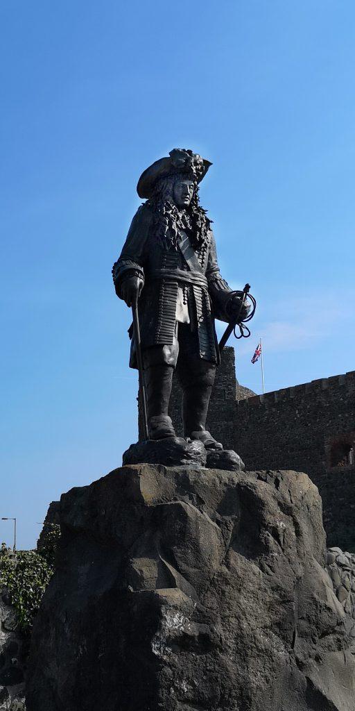 """""""Captain Morgan""""-Statue King William III Monument"""