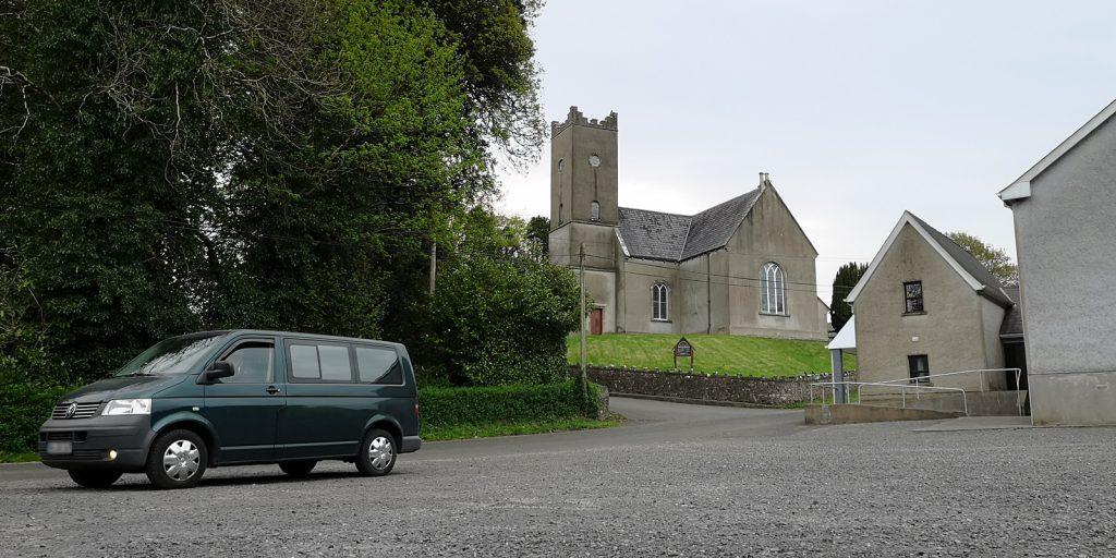 Tubbrid Church zwischen Drumskinny und Letterkeen
