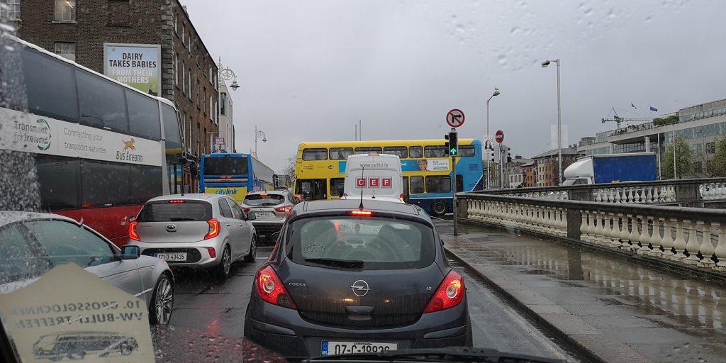 Nichts geht mehr auf Dublins Straßen