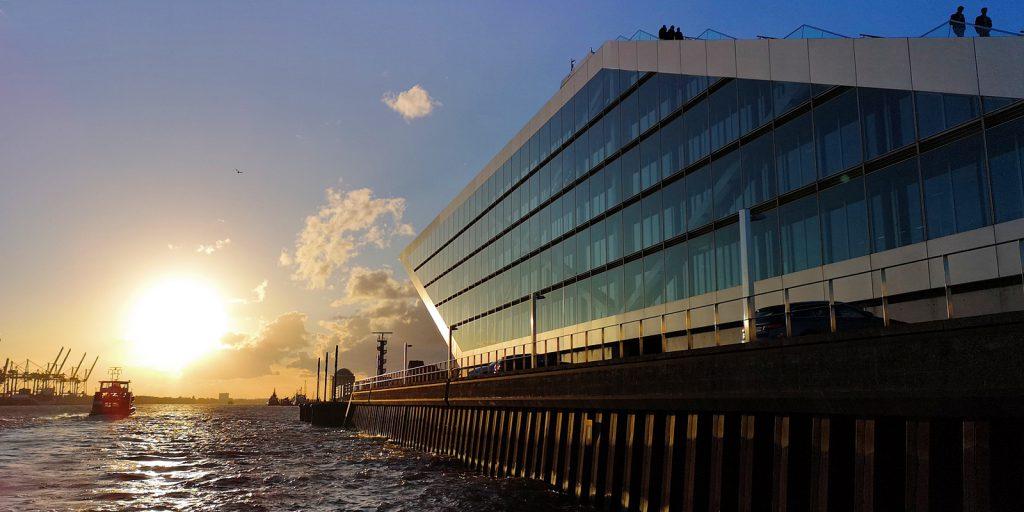 Sonnenuntergang am Dockland