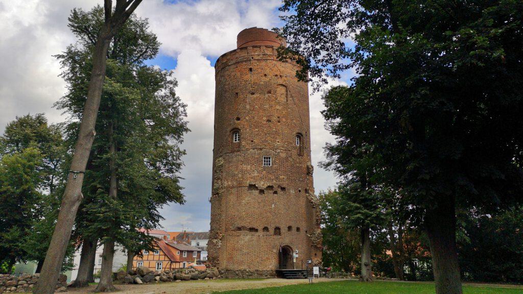 Amtsturm Lüchow als letzter Rest von Schloss und Burg