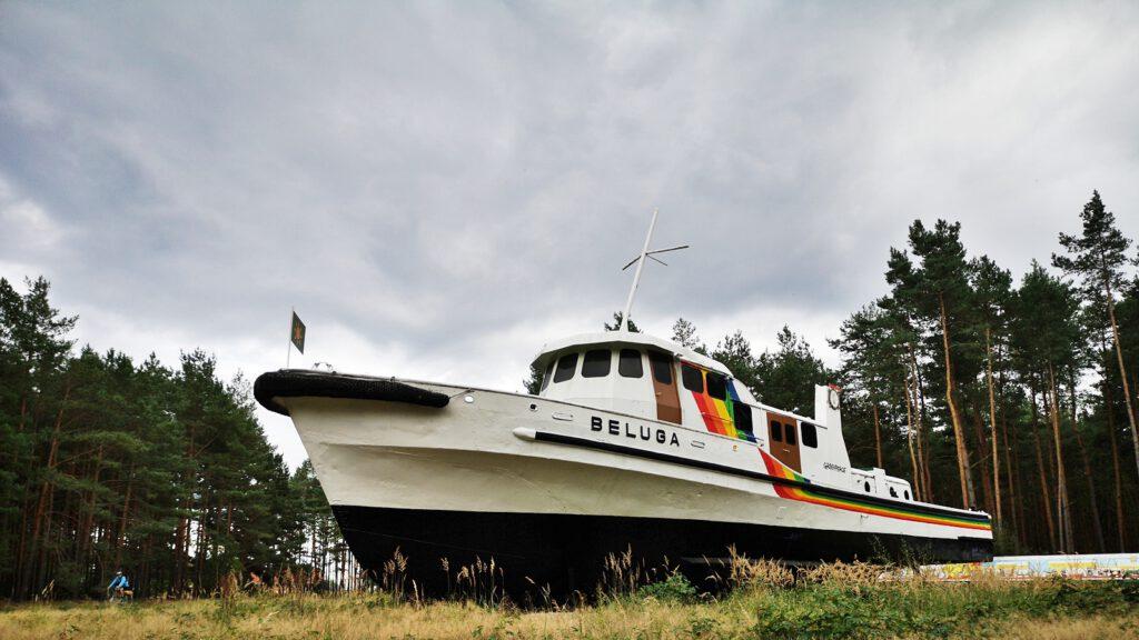 "Ehemaliges Greenpeace-Schiff ""Beluga"""